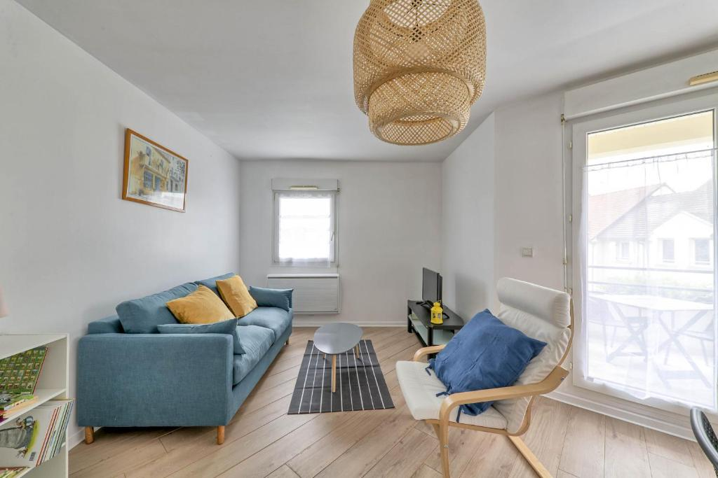 Apartments In Villeneuve-saint-denis Ile De France