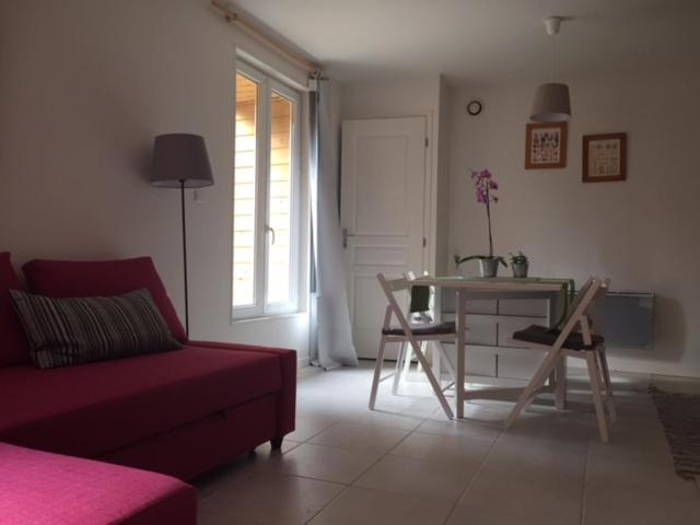 Apartments In Vauxaillon Picardy