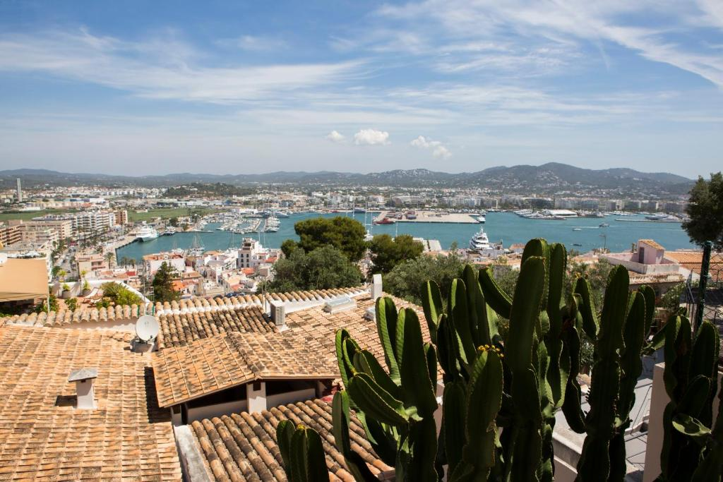 boutique hotels ibiza  162