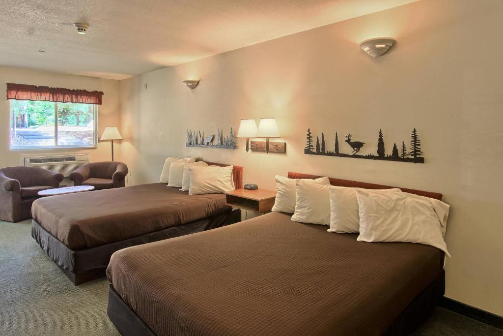 the legend cottage inn bellaire mi booking com rh booking com