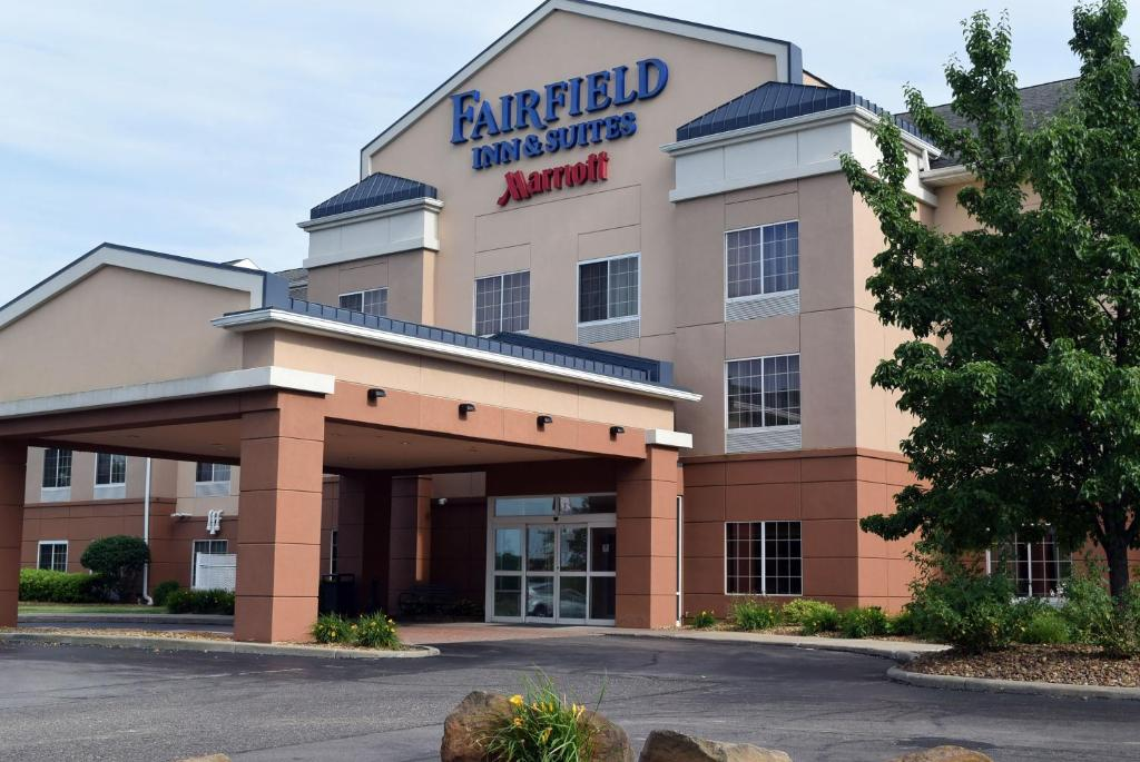 Hotel Fairfield Youngstown Austintown Oh Booking Com
