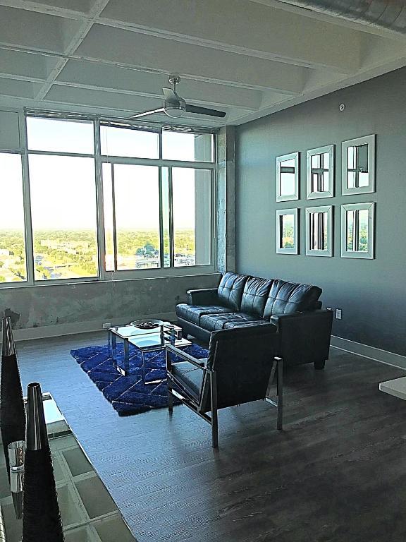 Apartment Atlanta Lofty Highrise, GA - Booking.com