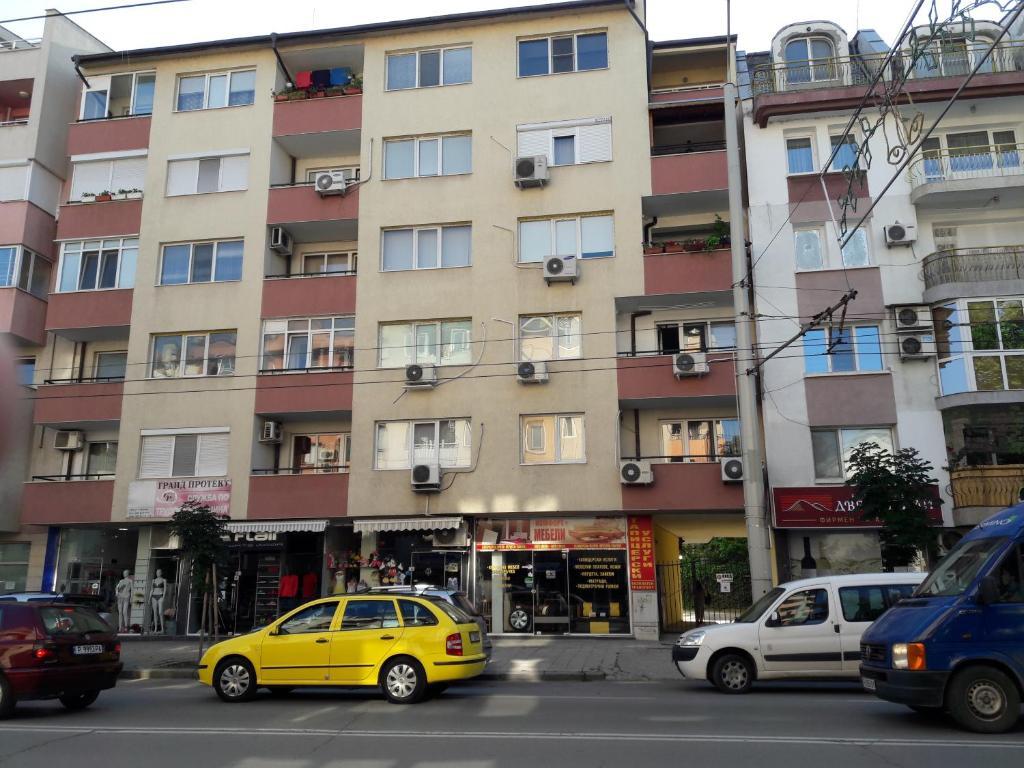 Апартамент LUCKY SEVEN -Апартамент - Русе