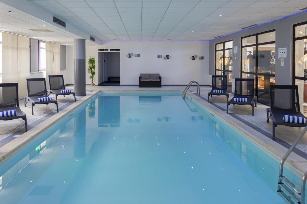 hotel mercure blois centre blois tarifs 2019. Black Bedroom Furniture Sets. Home Design Ideas