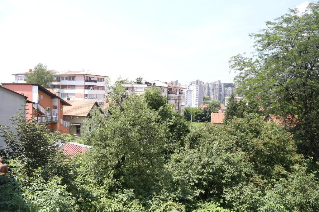 Teen girls in Tuzla