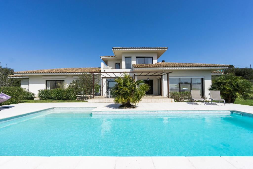 Villa Contemporaine Avec Piscine Tanneron Updated 2018 Prices