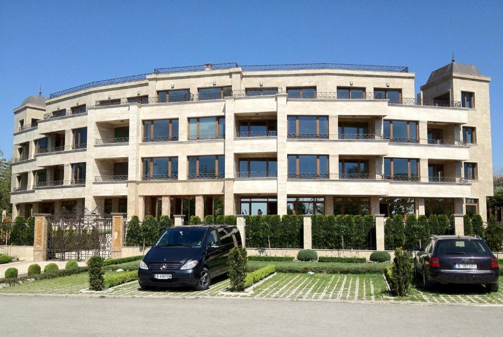 Апартамент Sea Garden Lux - Варна
