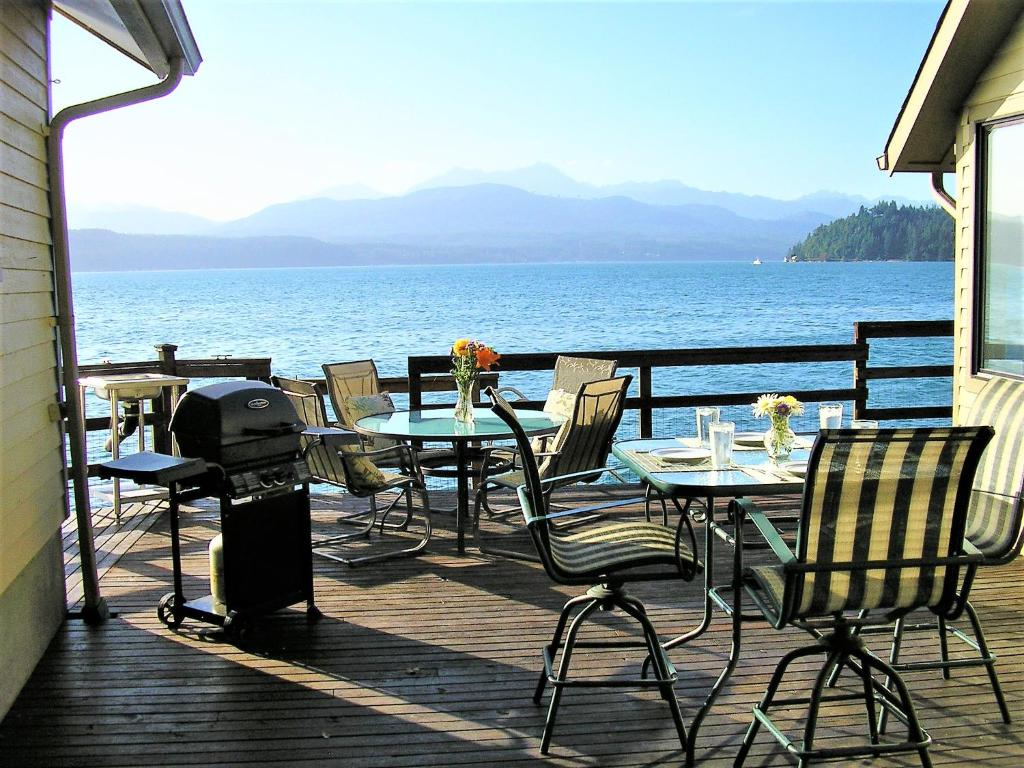 Vacation Home Union City Beach House At Hood Canal Waterfront