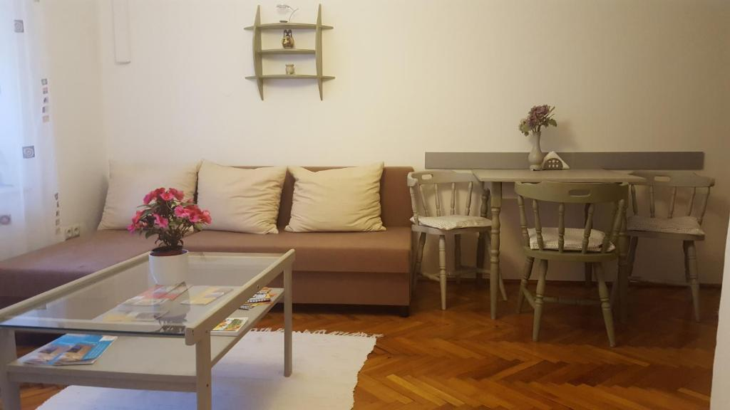 5f8cd2a70a Hortenzia Apartment, Szeged – Updated 2019 Prices