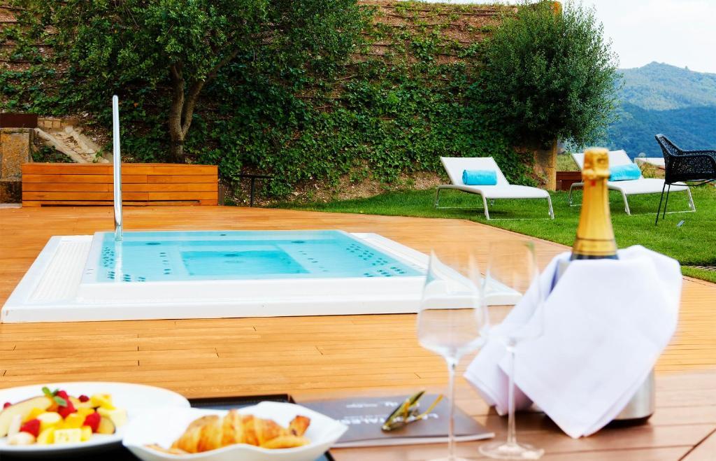 hotels with  charm in sant julià de ramis  5