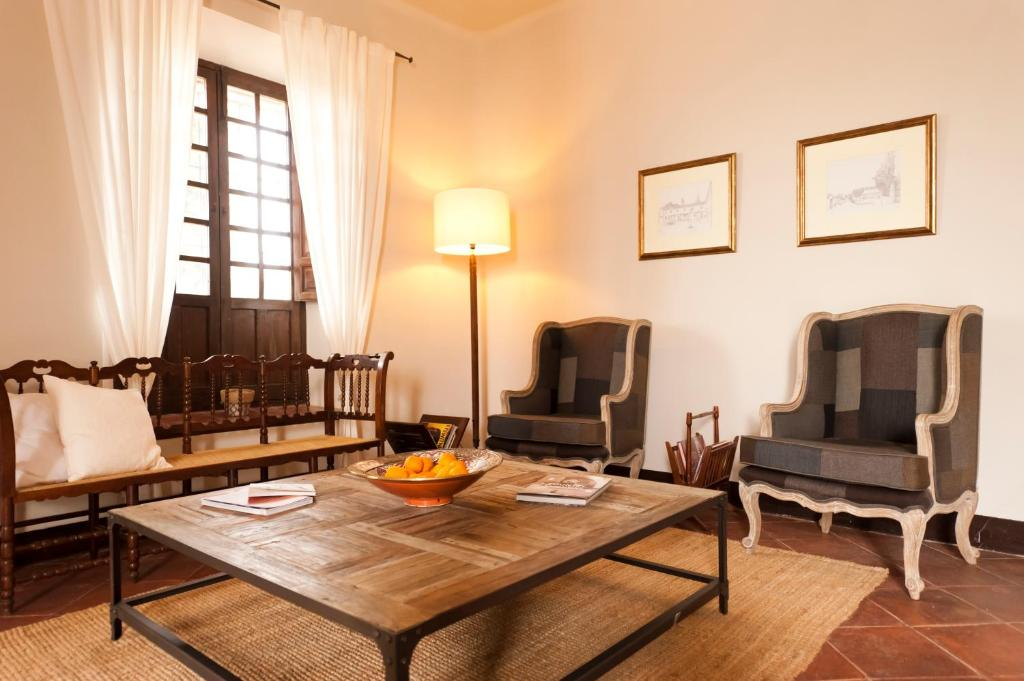 boutique hotels in granada  239