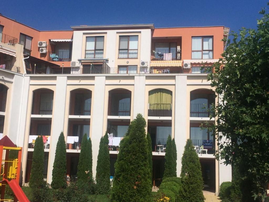 Апартамент Sea Fort Club, FORT NOKS - Свети Влас