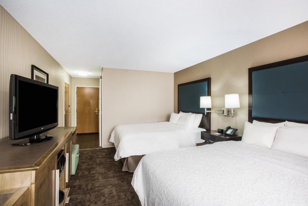 When It All Came Together At Tiedemans >> Hamptoninn Cleveland Aprt Brooklyn Oh Booking Com