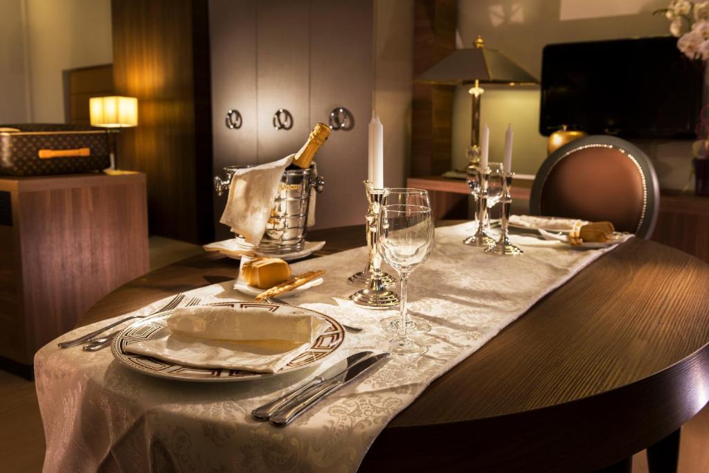 Golden Tulip Hotel Waldorf