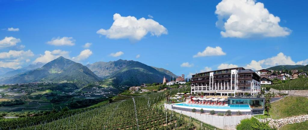 Hotel Tyrol Italien Schenna Bookingcom