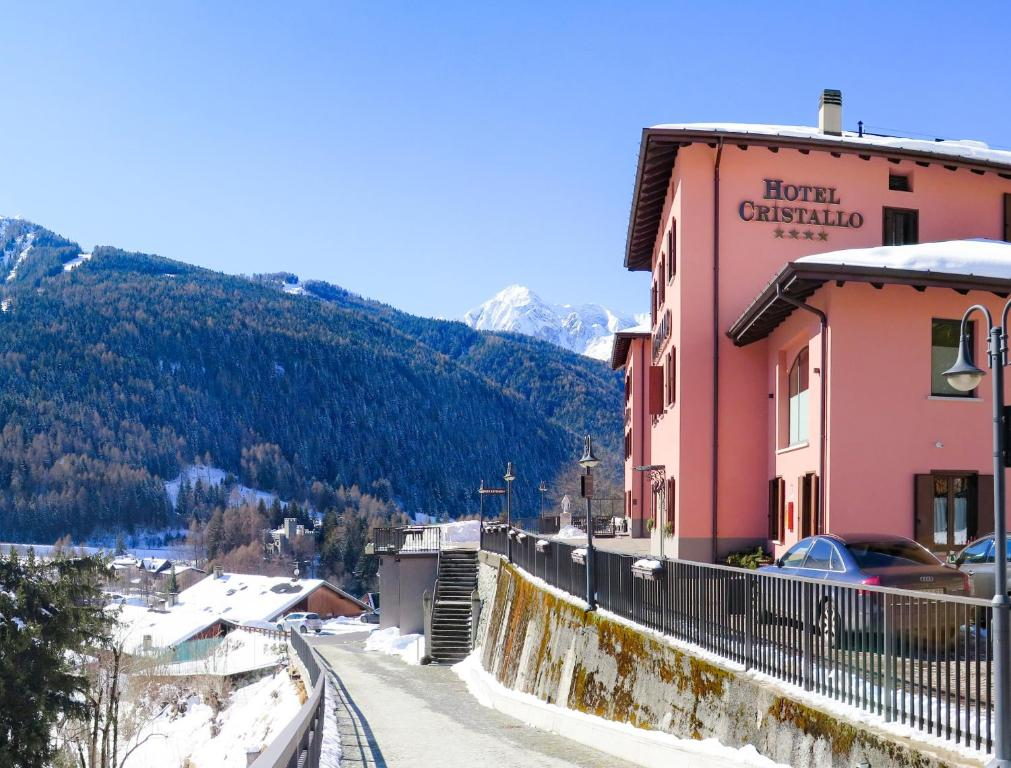 Hotel Cristallo during the winter
