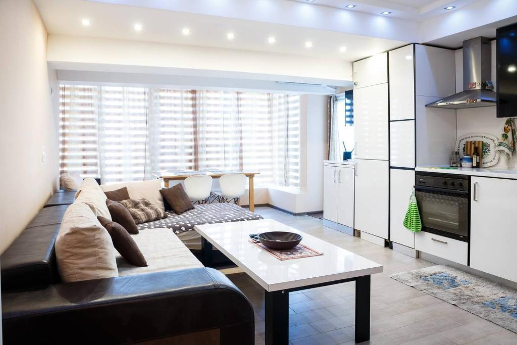 Апартамент Laguna Penthouse - Приморско