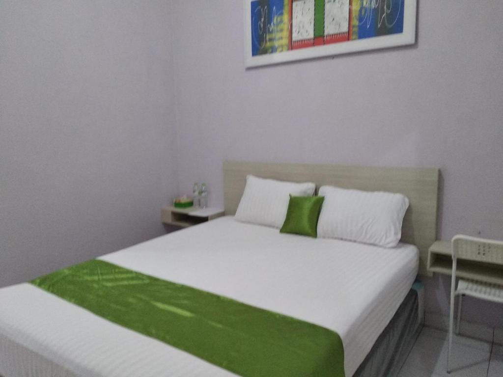 De green cibubur guest house indonesia deals