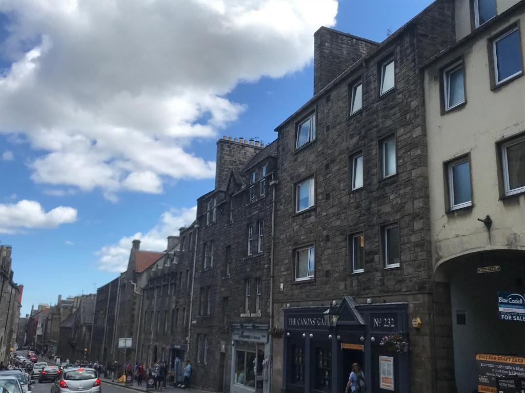 Crags View Apartment On The Royal Mile, Edinburgh – Updated 2018 Prices