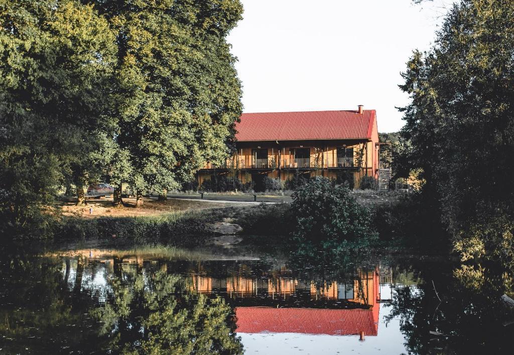 Hotel Le Barn Frankrijk Bonnelles Bookingcom