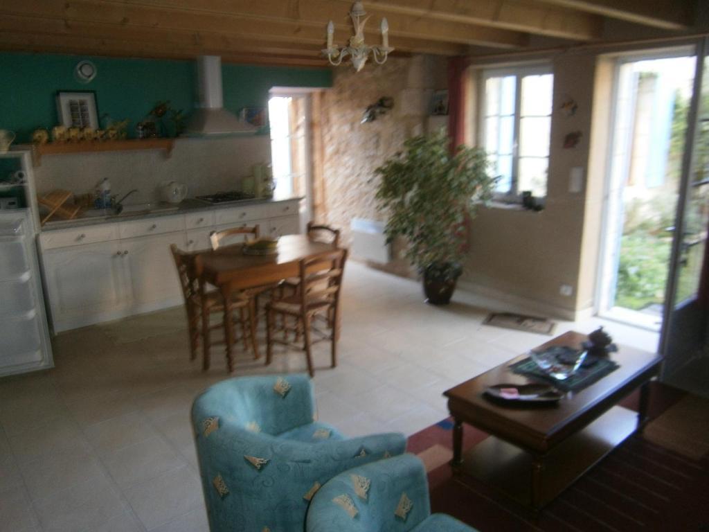 Apartments In Saint-étienne-de-villeréal Aquitaine