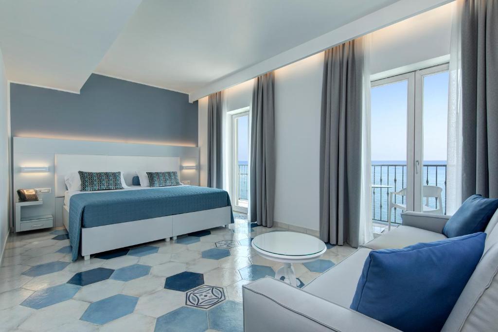 lloyd s baia hotel vietri sul mare italy booking com rh booking com