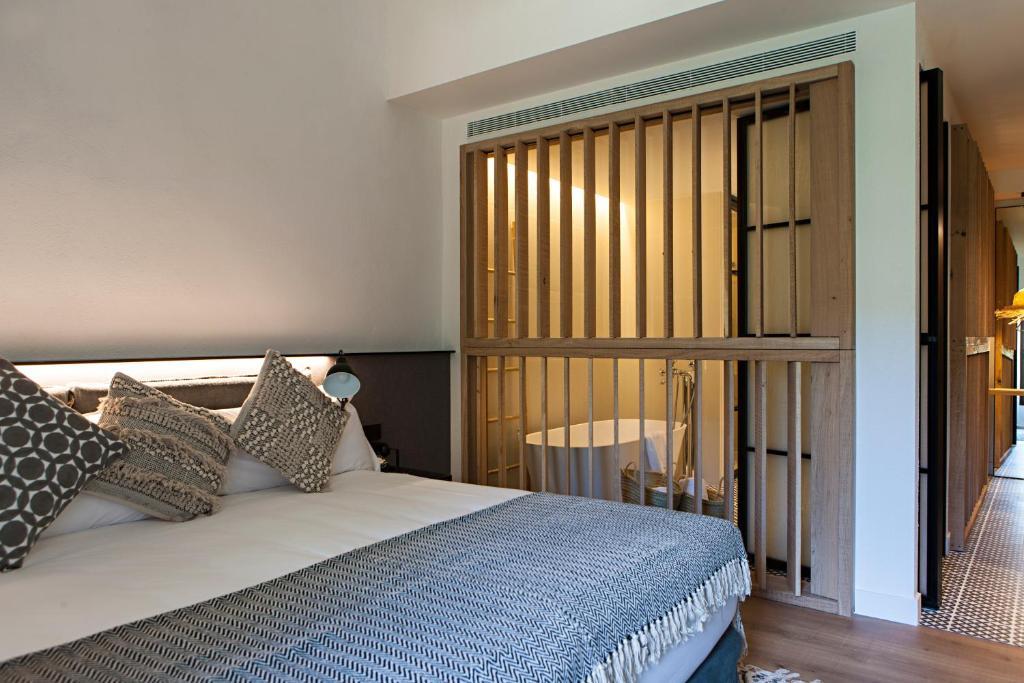hoteles con encanto en tarragona  270