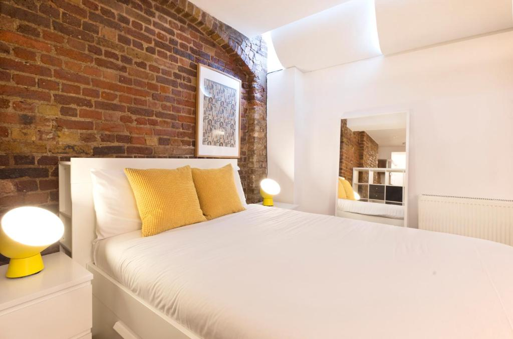 Apartment Shoreditch Studios By Allo Maisons London UK Booking Interesting 2 Bedroom Serviced Apartments London Concept Decoration