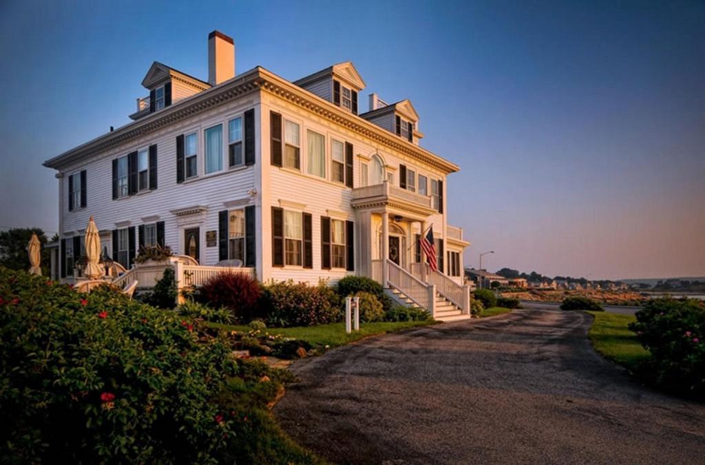 Ocean House Hotel at Bass Rocks, Gloucester (USA) Deals