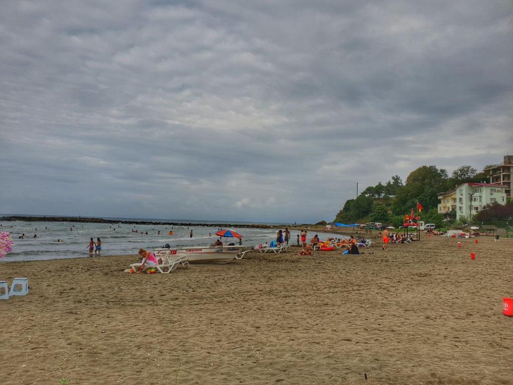 yalıncak halk plajı ile ilgili görsel sonucu
