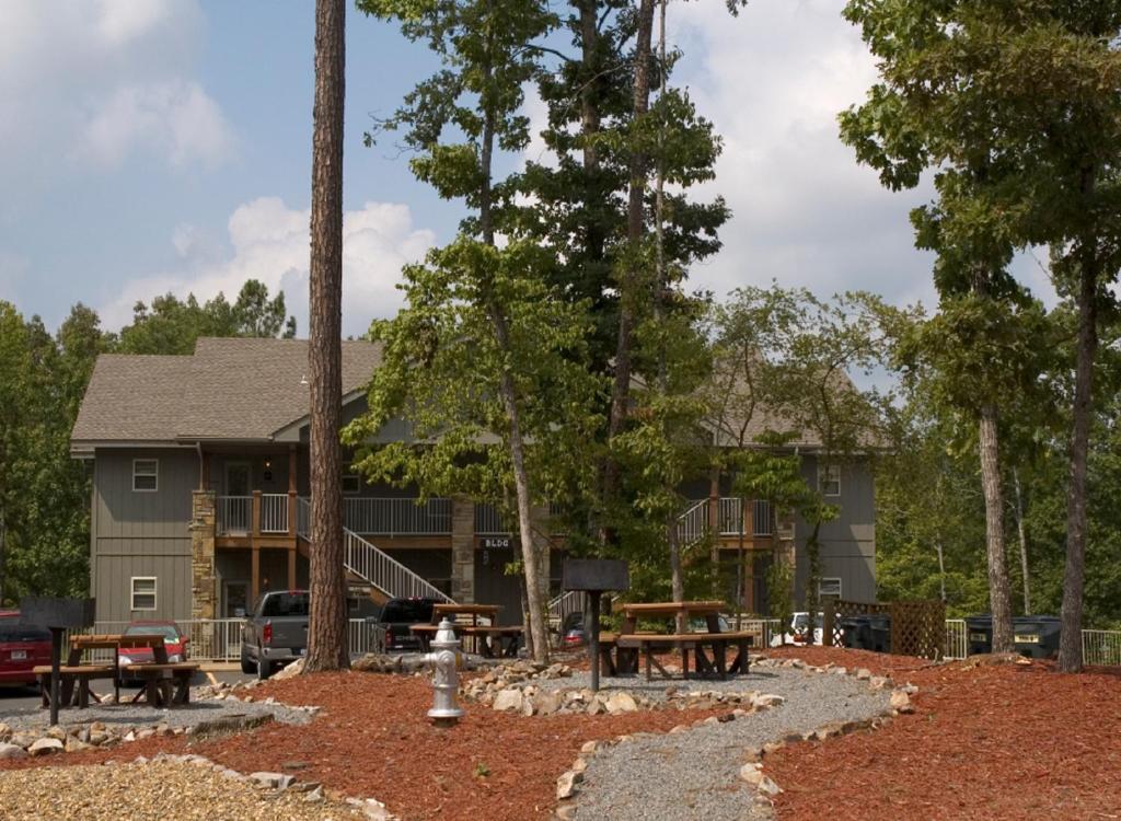 Gallery image of this property & Condo Hotel Los Lagos At Hot Springs Hot Springs Village AR ...