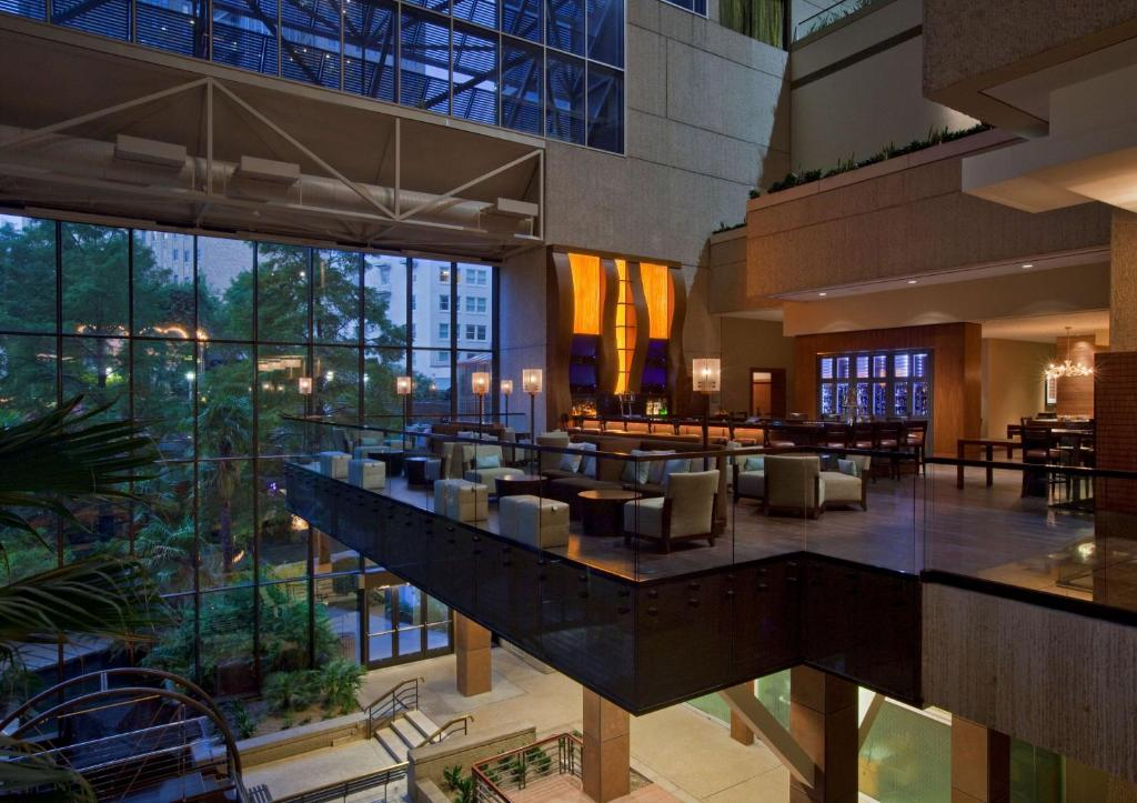 A restaurant or other place to eat at Hyatt Regency San Antonio Riverwalk