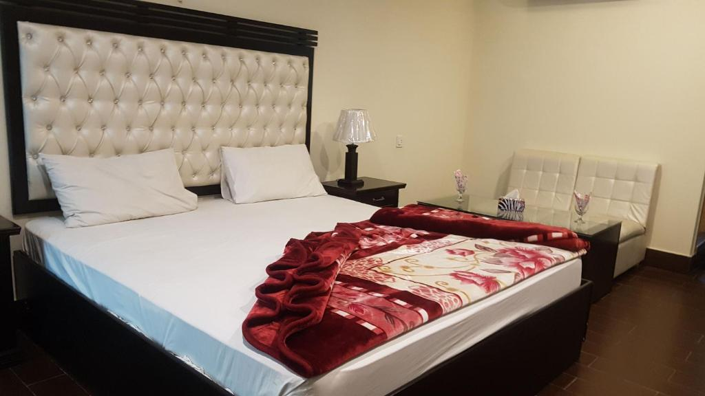 hotel civic gujranwala kangniwāla pakistan booking com