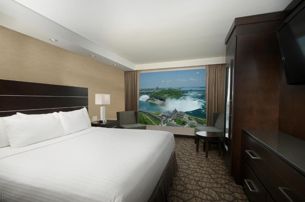 Hotel Embassy Suites Niagara Falls Canada Booking Com