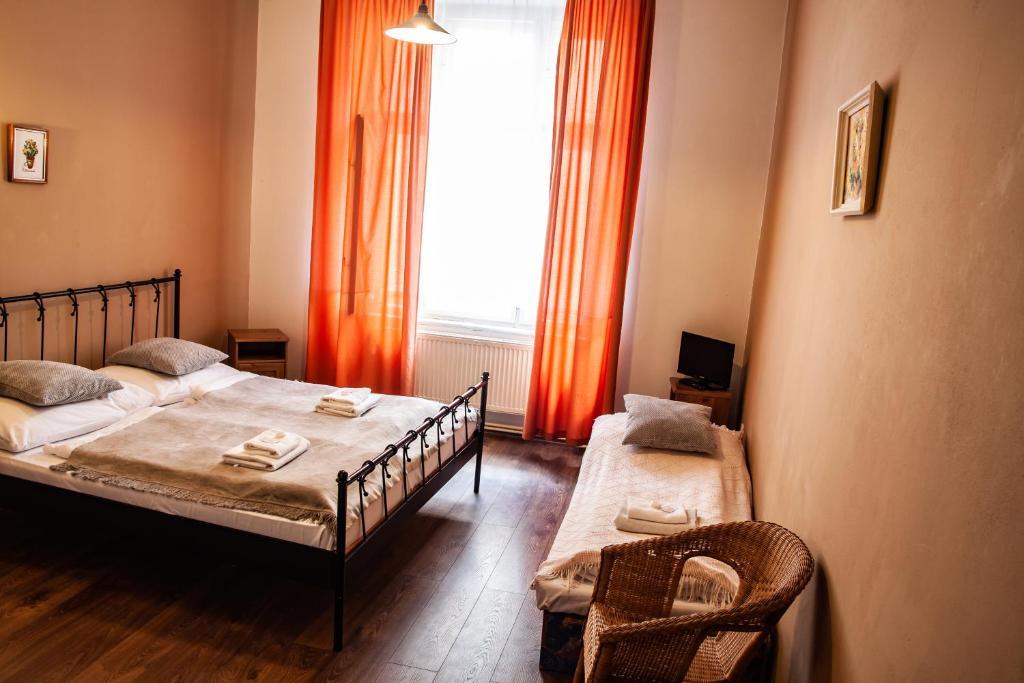 Hotel Sunflower, Prague, Czech Republic - Booking.com on