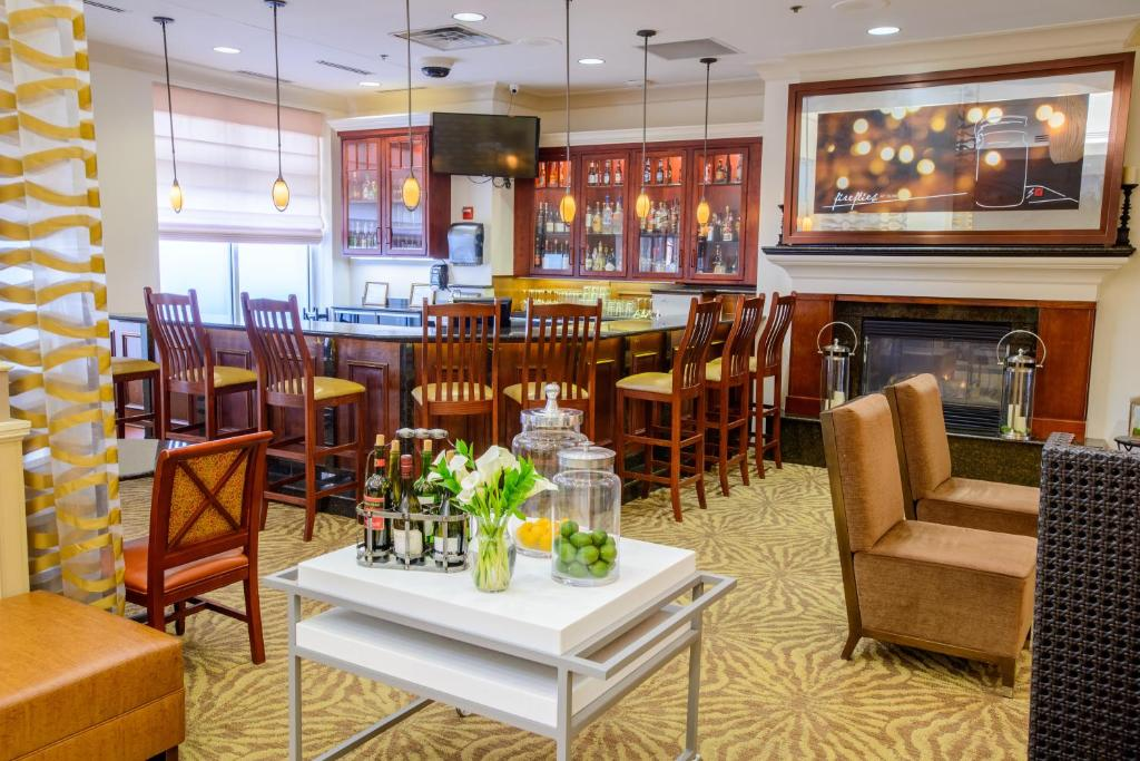 gallery image of this property - Hilton Garden Inn Rochester Mn