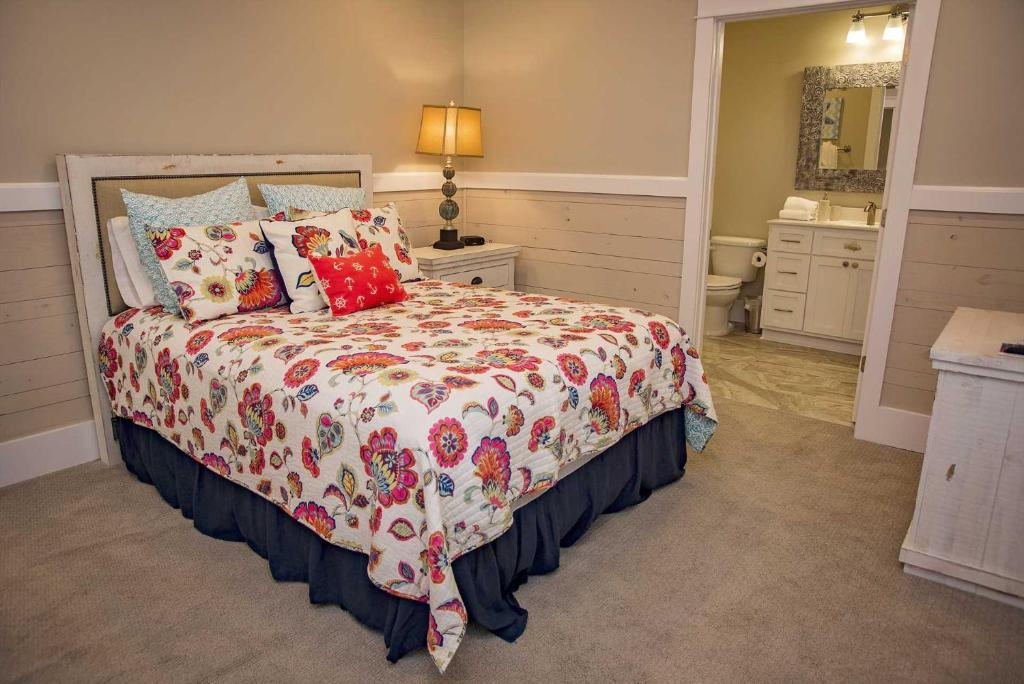 Boonedocks Cottages at Romar Home, Gulf Shores, AL - Booking com