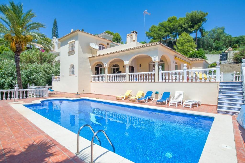 Villa Paraiso Benahavis (España Estepona) - Booking.com