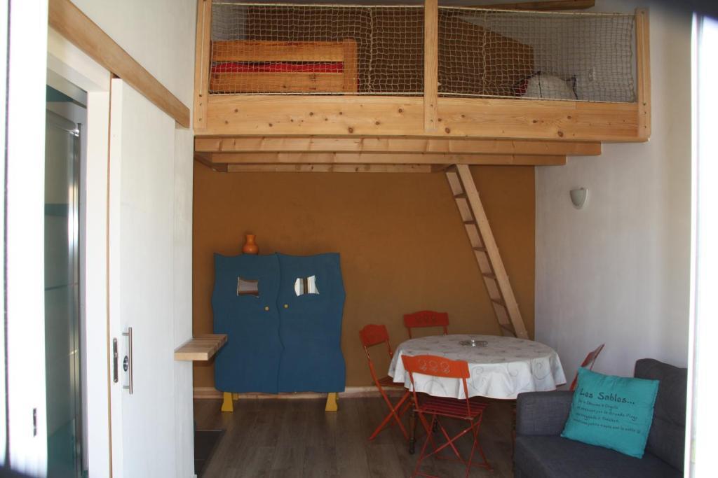 Appartement 35m2 Et Terrasse La Chaume France Booking Com
