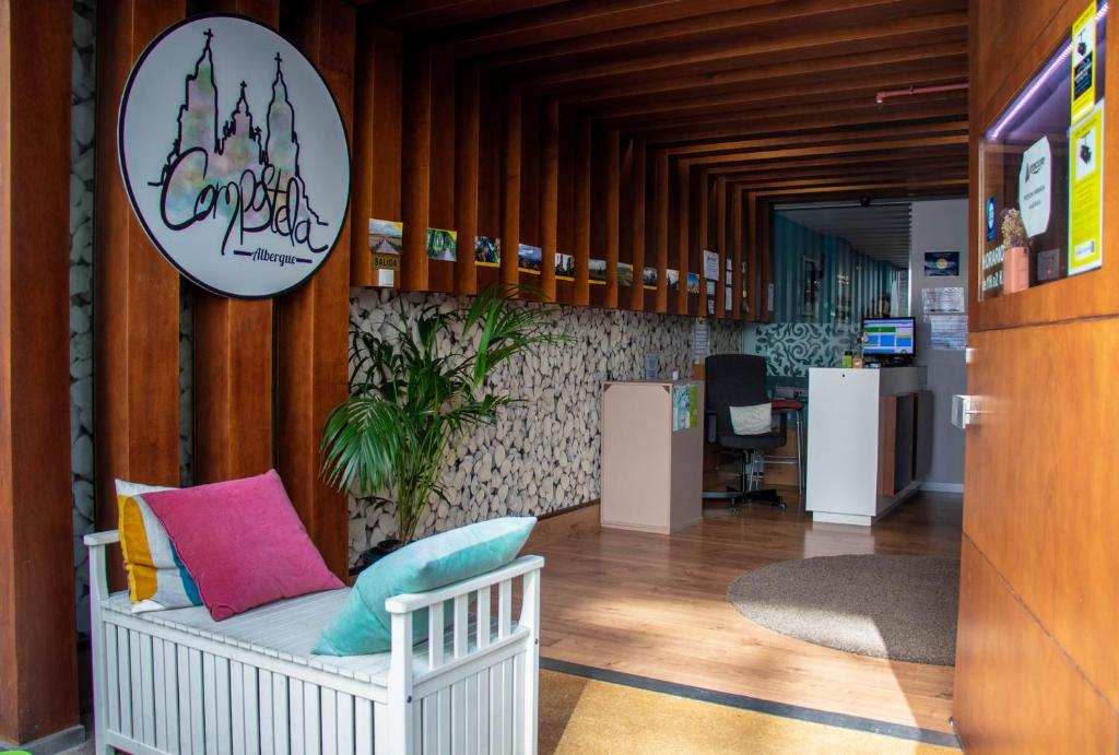 The lobby or reception area at Albergue Compostela