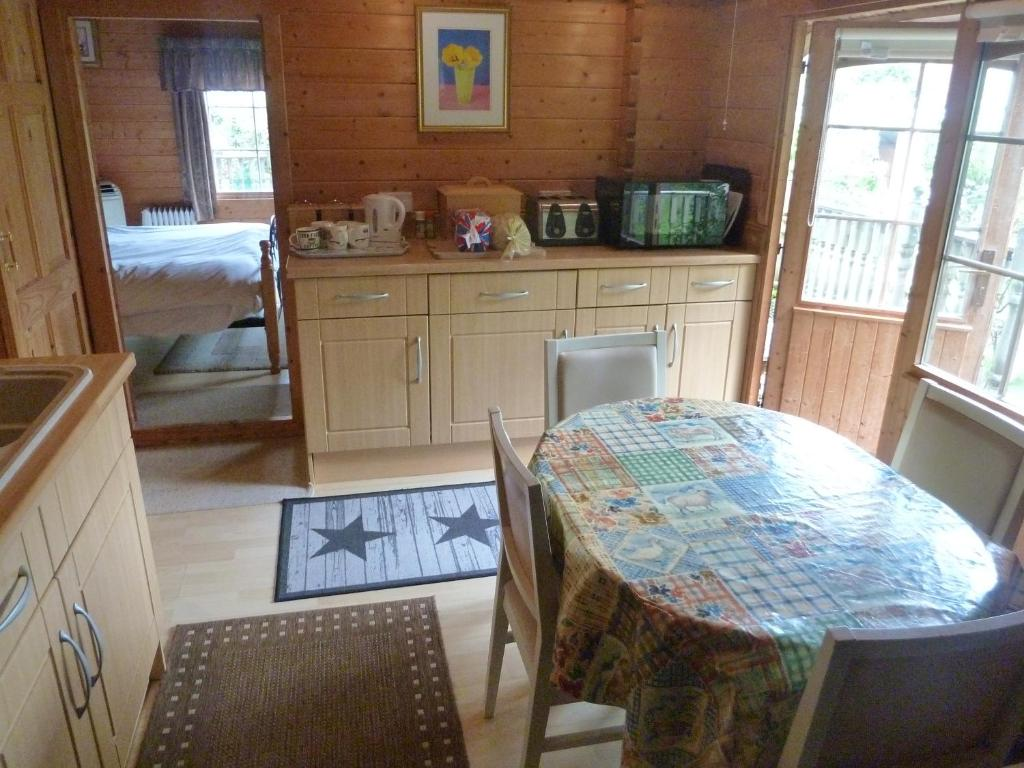 Comfortable boarding house Energetik (Abkhazia): accommodation conditions and guest reviews