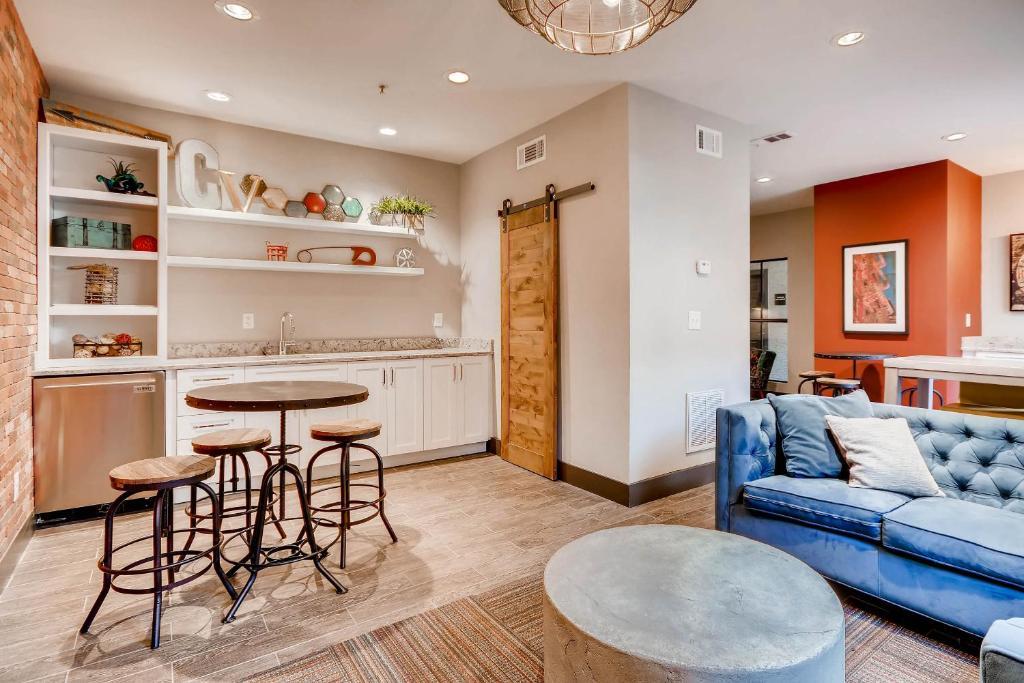 Downtown Atlanta Apartments, GA - Booking.com
