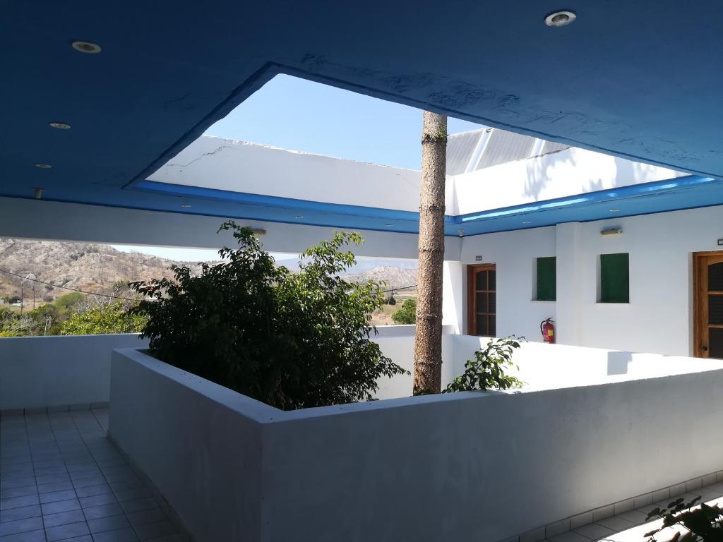 Balkonas arba terasa apgyvendinimo įstaigoje Amaliahotel