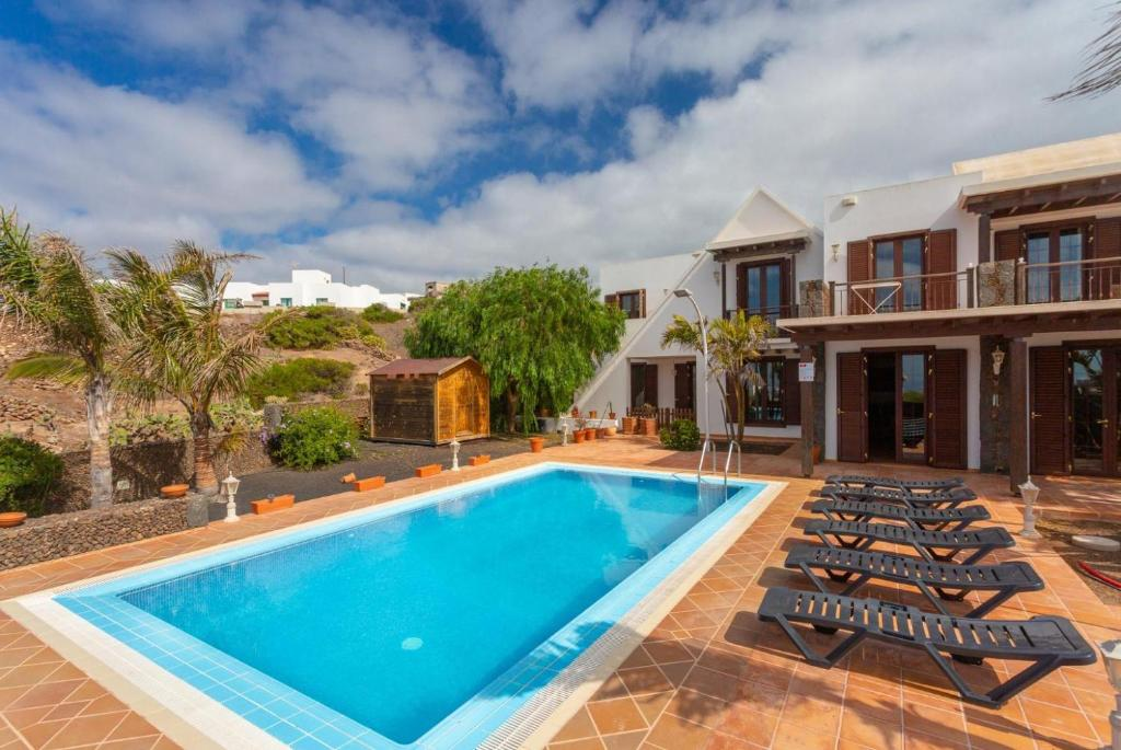 Villa La Higuera (Spanje Tías) - Booking.com