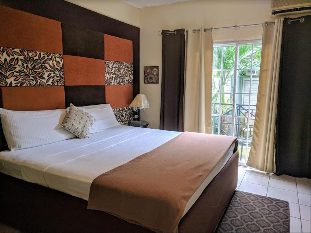 Christar Villas Hotel Kingston Jamaica Booking Com