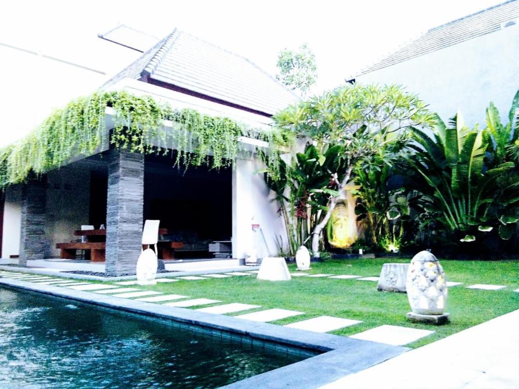 Aka Villa At Bali Legian Indonesia Google Play Gift Card Rp 500000 Gallery Image Of This Property