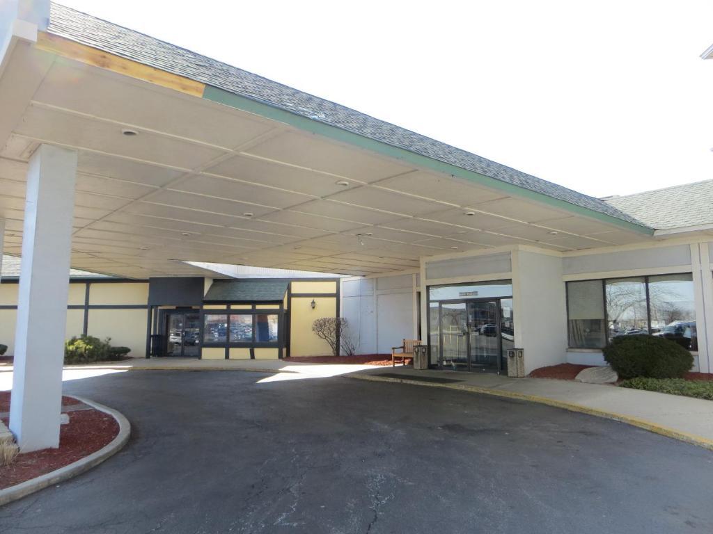 Hotels Near Elk Grove Village Il