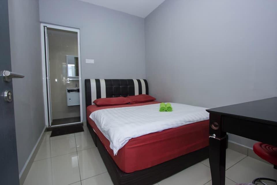 HO HOTEL 96