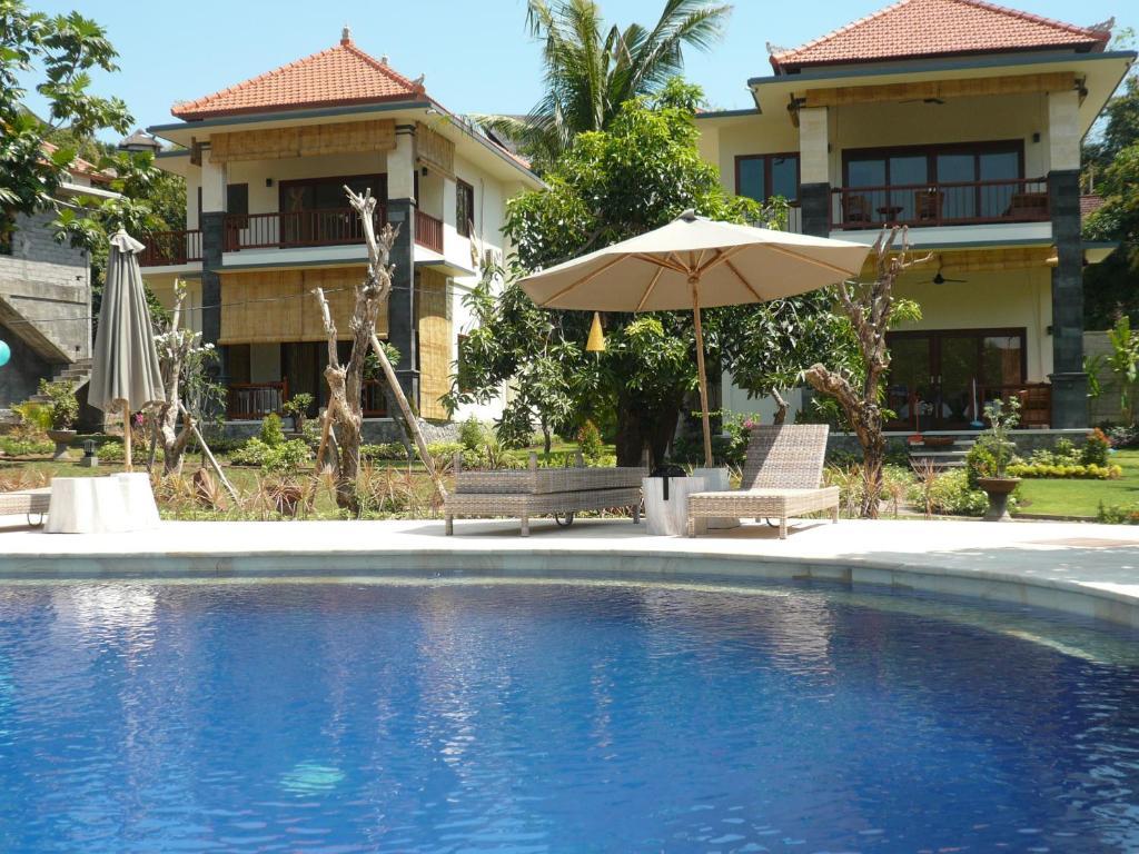 The swimming pool at or close to Sukun Babonsay Villas