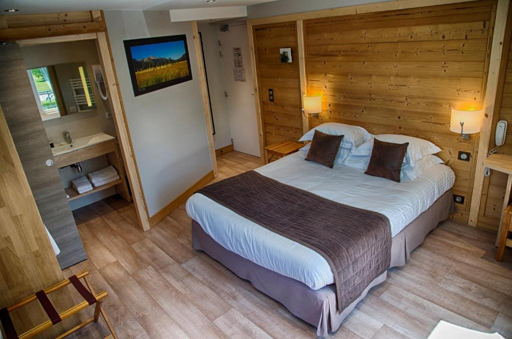Hotel La Roseraie (Frankreich Villard-de-Lans) - Booking.com
